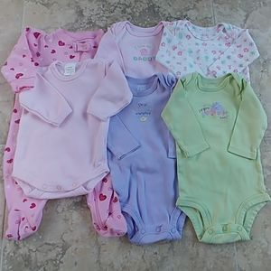 Lot of 6 long sleeve one pieces 0-3 months
